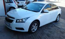 2012 chevrolet cruze 1.6 ls in a good condition