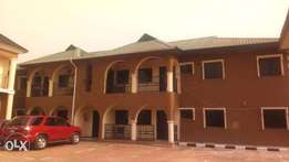 A well renovated 3bedroom to let at Durumi area1