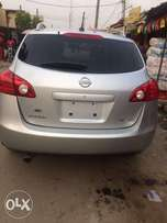 Extremely clean Tokunbo 2008 Nissan Rogue SL AWD, black leather seat