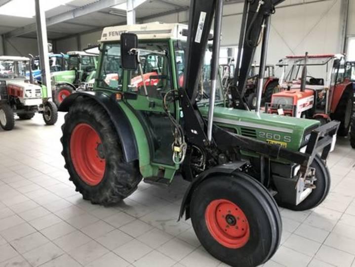 Fendt farmer 260 s - 1992