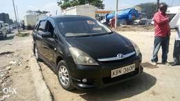 Toyota wish very clean Accident free
