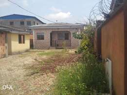 Bungalow of three bed eoom flat and mini flat for sale at Abaranje