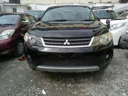 Mitsubishi Outlander . 2009 model. KCK number. Loaded with alloy ri