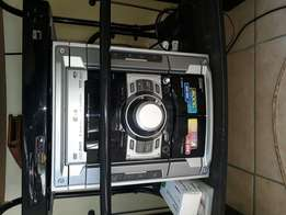 Samsung Dvd Hifi,with USB,Aux and Twin Cassette Decks