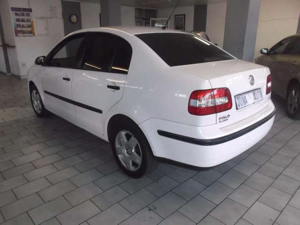 Pre Owned 2009 Polo Classic 1.6 Johannesburg - image 4