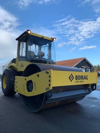 BOMAG Bw 213 D-5 Ny Vält 750.000:-+m - 2018