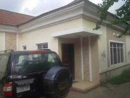 3bed detached distress sale in kado owner needs cash