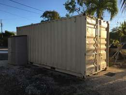 2nd hand storage container very much available