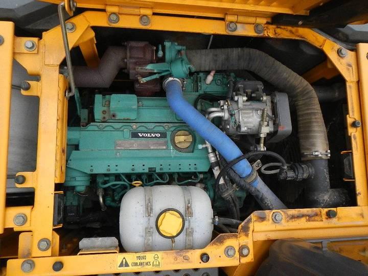 Volvo Ecr 145 C L - 2010 - image 23