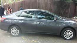 2013 Nissan Sentra very clean