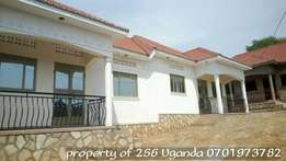 2 bedroom house in namugongo at 500k