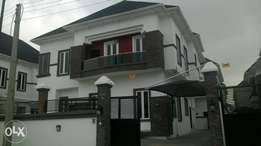 Luxurious 5 bedroom Detached Duplex with a bq for sale in osapa, lekki