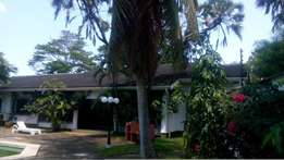 4 Bedrooms Ambasadorial House for Rent