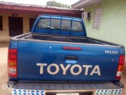Very clean 2015hilux for sale