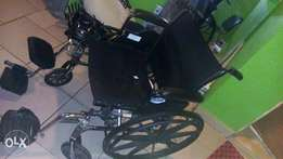 Powerful cruiser 3 wheel chair