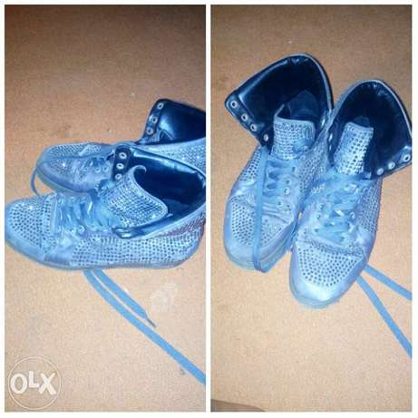Gucci shoe for sale... sleek Akure South - image 1