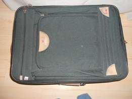 Suitcase - cellini - as new