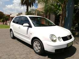 Call Haroon on 2005 Vw Polo 1.6 Mickey Mouse