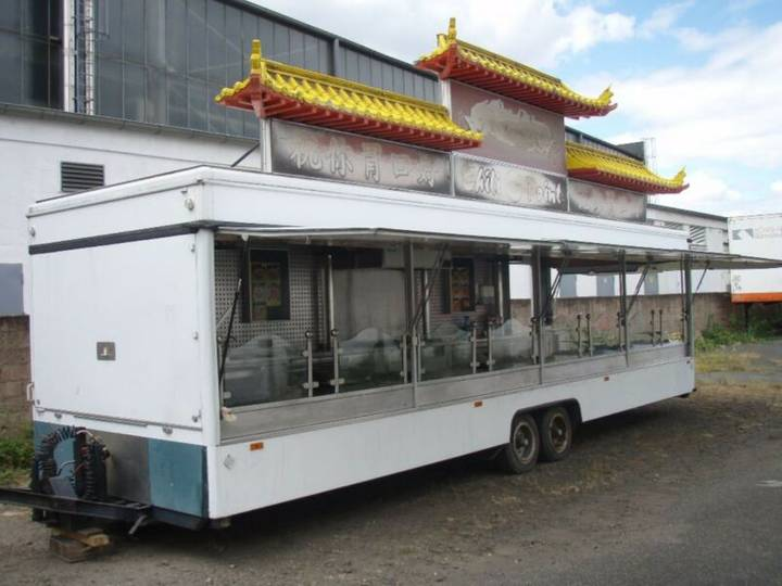 Borco-Höhns Gross-Imbisswagen, 10 Gasherde, alles Edelstahl - 1998
