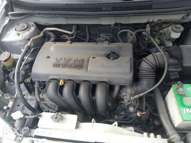 Foreign used Toyota corolla sport edition 2004 Ikeja - image 2