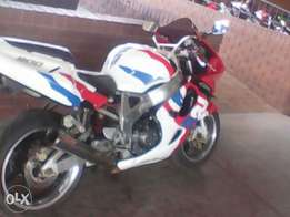 Honda CBR 919 for sale