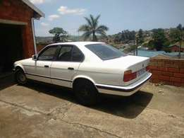 BMW e34 525 body no engine and gearbox R5000