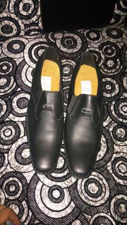 Pure leather shoes Lavington - image 2