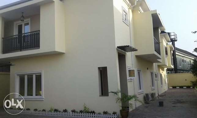 A Lovely 4 Bedroom Duplex for Rent in Lekki Phase 1, Lagos. Ikoyi - image 1