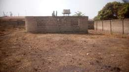 Uncompleted 4 bedroom and half a plot of land. To be sold by the owner