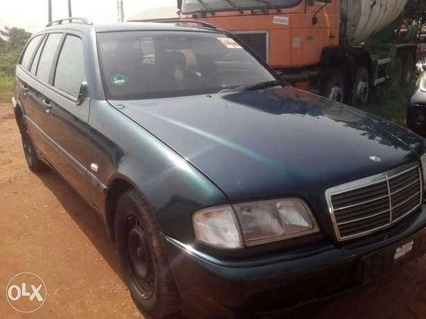 Clean direct Belgium of C230 up for grabs Gwarinpa Estate - image 2