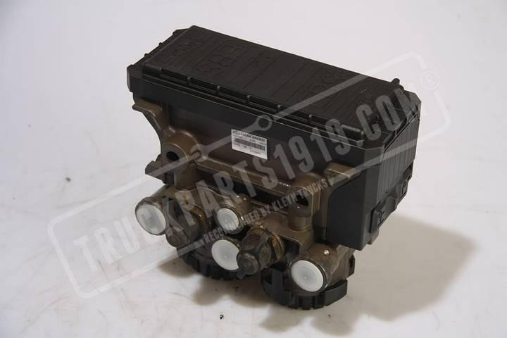 KNORR-BREMSE EBS modulator for truck