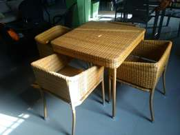 Supaby Dinning table with Chairs