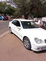 MERC W203, C200 - Boot lid For Sale White