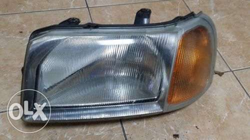 Landrover Freelander Headlight ex UK Umoja - image 2