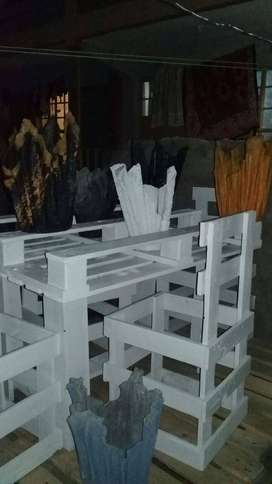 Pallet Chairs Beds Dining Tables And Sofas