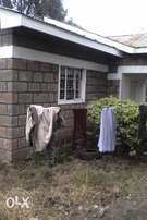 3bedroom bungalow in 1/4 acre(ONGATA RONGAI)