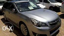 Subaru legacy with sunroof
