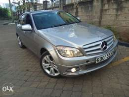 2008 Mercedes Benz C200 Kompressor.