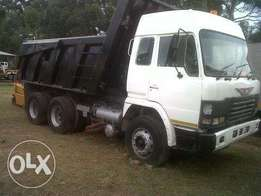 Toyota Hino Tipper / double Diff/ ADE 442/ 6 Speed Zf /HL7 Diffs