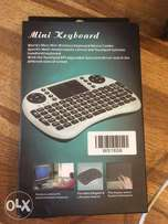 Mini keyboard/wireless mouse.