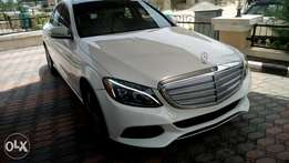 Benz C400 white colour