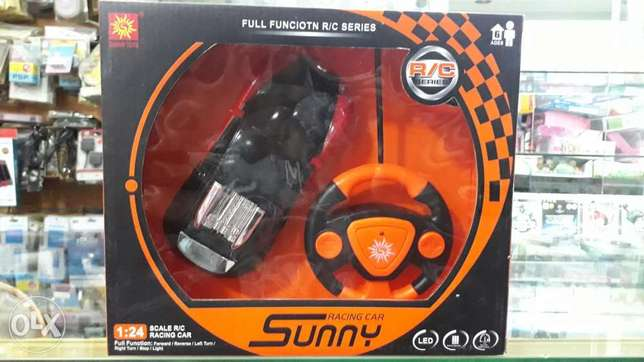 rechargeable car with remote control for sell good quality المنامة -  1