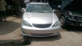 Sharp tokunbo Toyota Camry Le 05