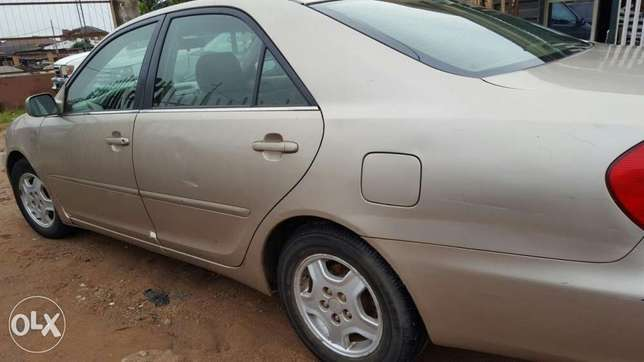 Toyota camry Agege - image 4