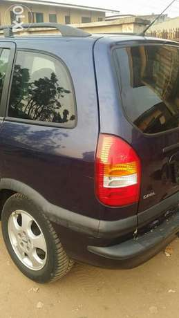 Tokunbo Opel Zafira Ibadan South West - image 5