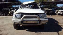 Mitsubishi pajero 3.5 V6 stripping for spares