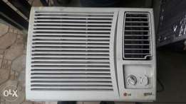 A neat sparingly used 1hp window unit LG ac
