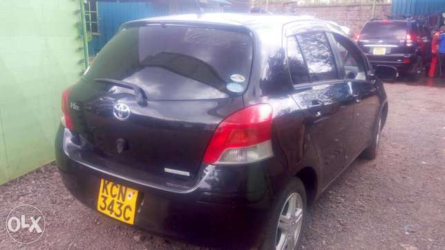 Toyota vitz new import very clean Ridgeways - image 6