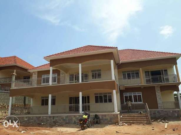 A house in bwebajja on 1.4acres for sale Kampala - image 5