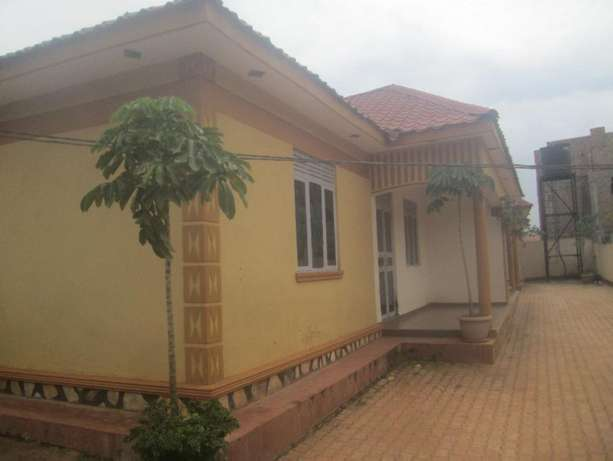 3 Income generating rentals for sale in Najeera at 185m Kampala - image 2